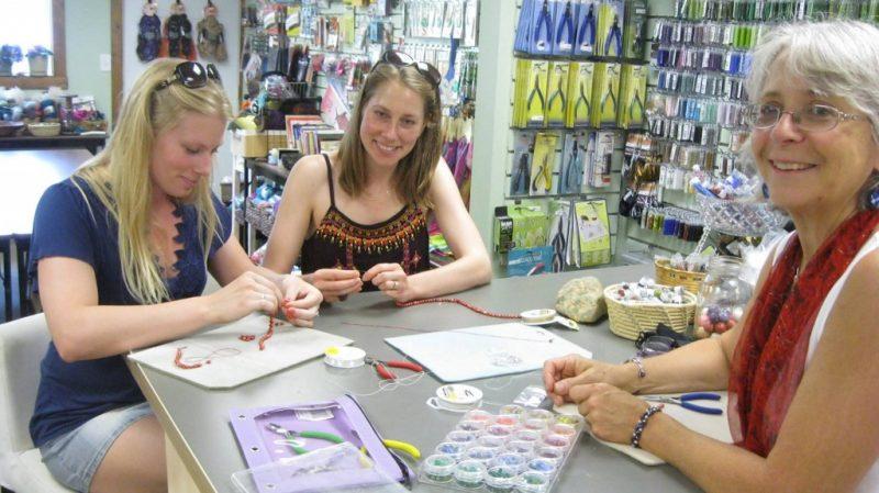 making-jewelry-at-Shenandoah-Moon-1024x575